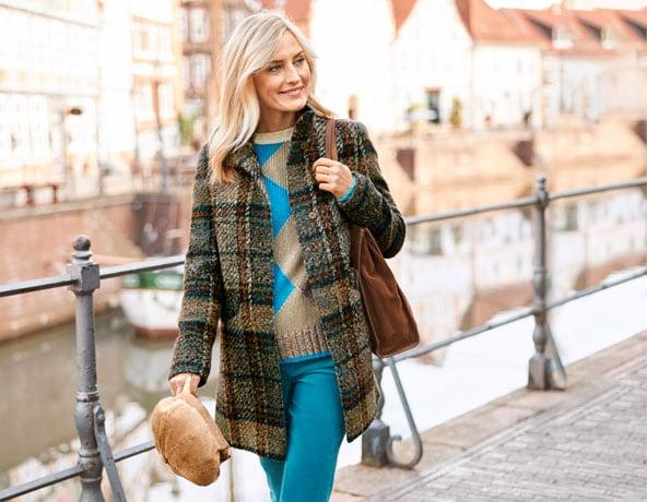 Wichtig beim Kauf des Damenmantels: Größe, Schnitt und Silhouette   Walbusch