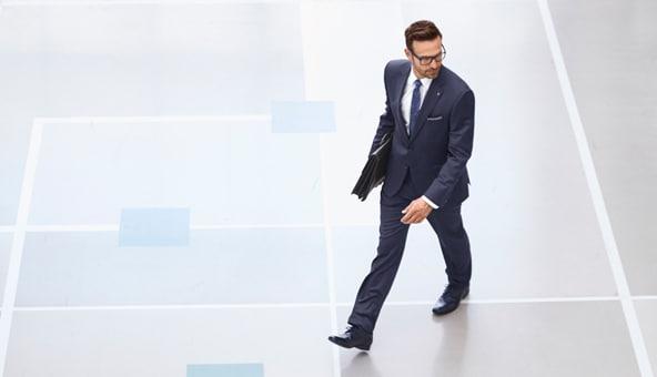 Selbstbewusst auftreten mit einem Herren-Anzug | Walbusch