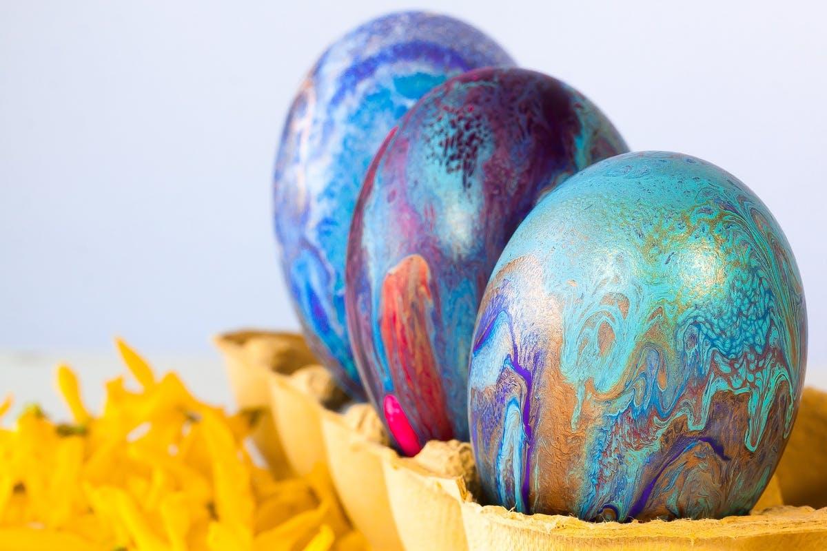 Ostereier, seidig gemustert