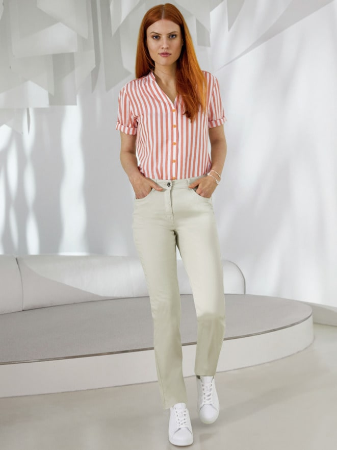 Outfit Krempelarm-Bluse Airkondition